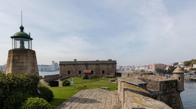 Castillo de San Antón - Diego Delso Wikicommons