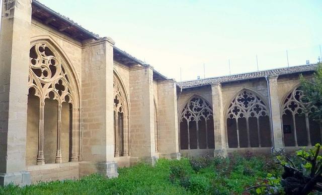 Claustro Iglesia de Santa María de los Arcos en Navarra